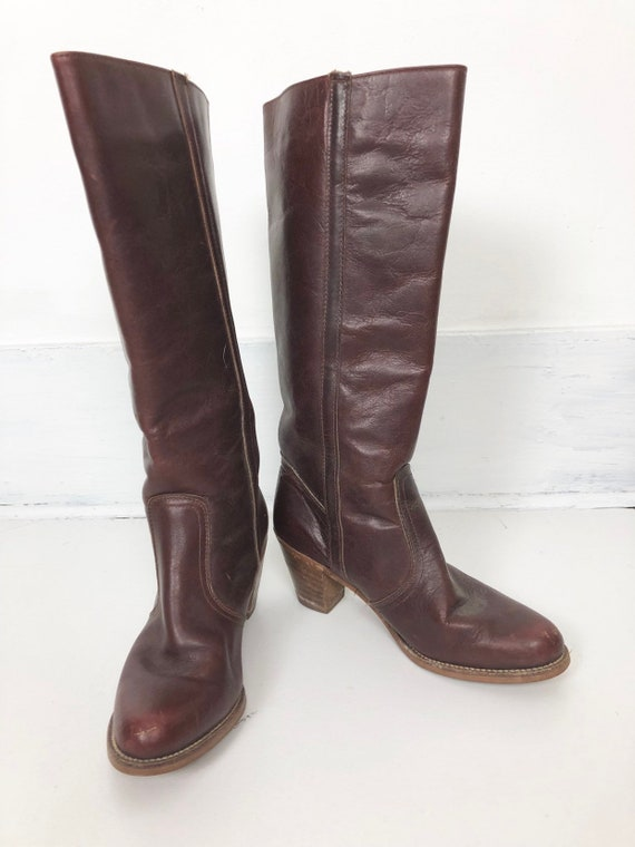1970s Brown Leather Knee High Heeled Boots 10 M