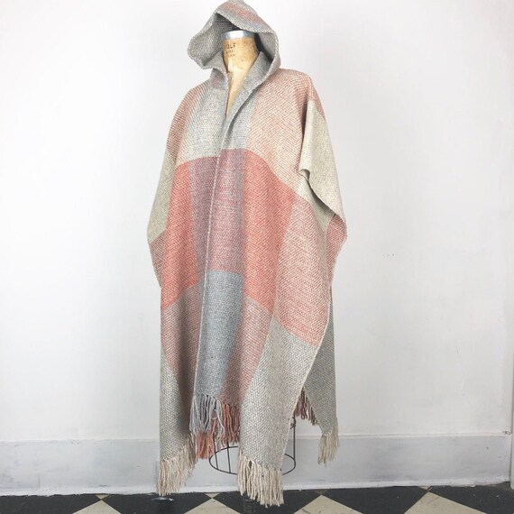 1970s Handwoven Wool Hooded Poncho M