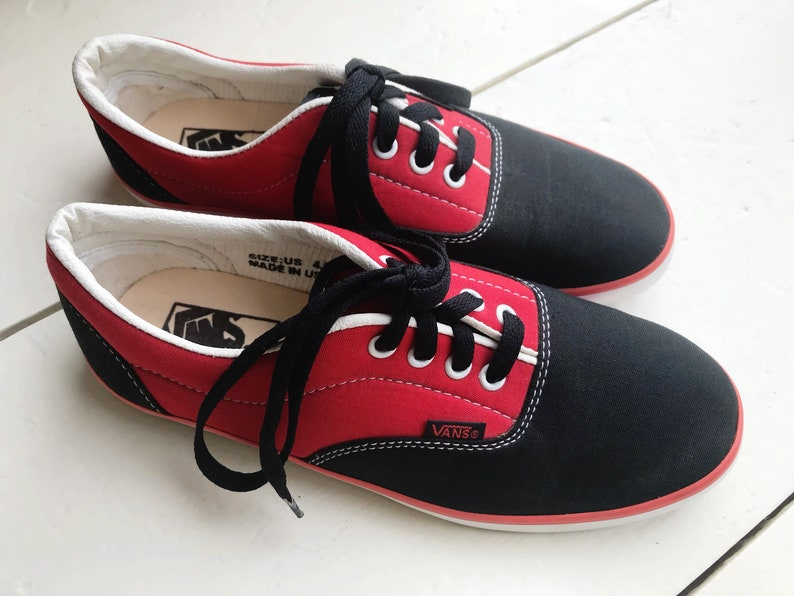 d75e72ccf3c0 80 s Deadstock Original Vans Off The Wall Red