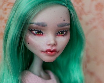 OOAK Custom Ghoulia Yelps (Customized Monster High doll)