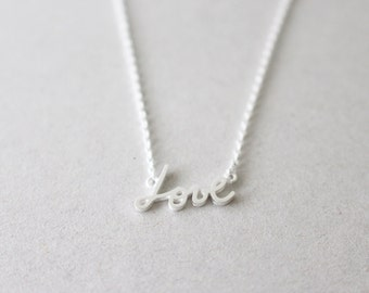 50% OFF - Silver Love Necklace