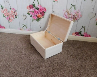 Plain Unpainted Wooden Tool Box DIY Storage Chest without Handles/ Box with lid 30x 20x 14cm
