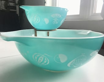 Aqua Turquoise Pyrex Hot Air Balloons Chip & Dip Set with clip 444 441