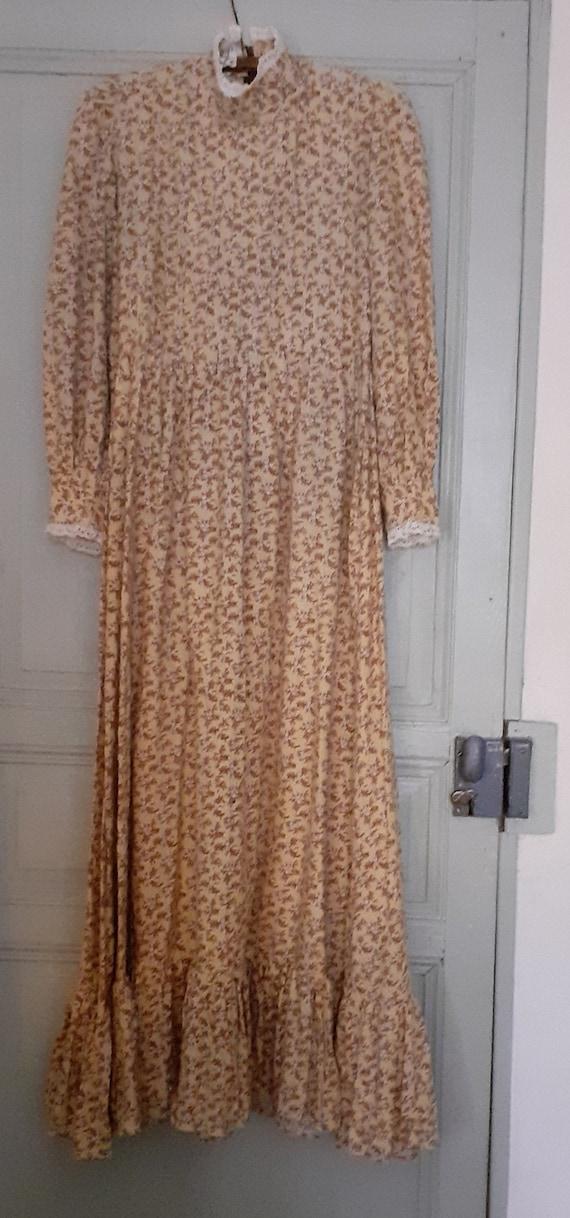 Laura Ashley original 1970s long dress. 12.