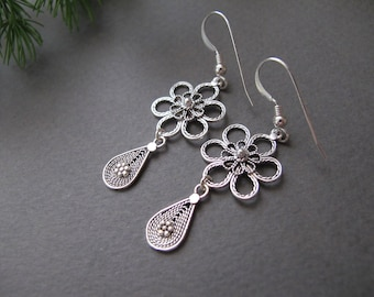 Amethyst silver earrings Gypsy earrings Ethnic earrings Israel jewelry Yemenite earrings February earrings Filigree earrings