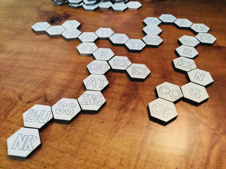 Hexagonal Spelling Game image 0
