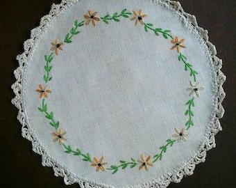 Vintage Doily Round Small White Floral Needle Point Cotton Cotton Lace Linen Farmhouse Country Kitchen Decor RhymeswithDaughter