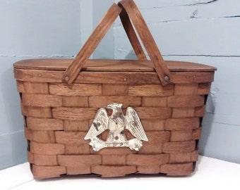 Picnic Basket Vintage Vermont Federal Woven Wood Eagle Emblem Lid Handles Country Farmhouse Kitchen Decor Photo Prop RhymeswithDaughter