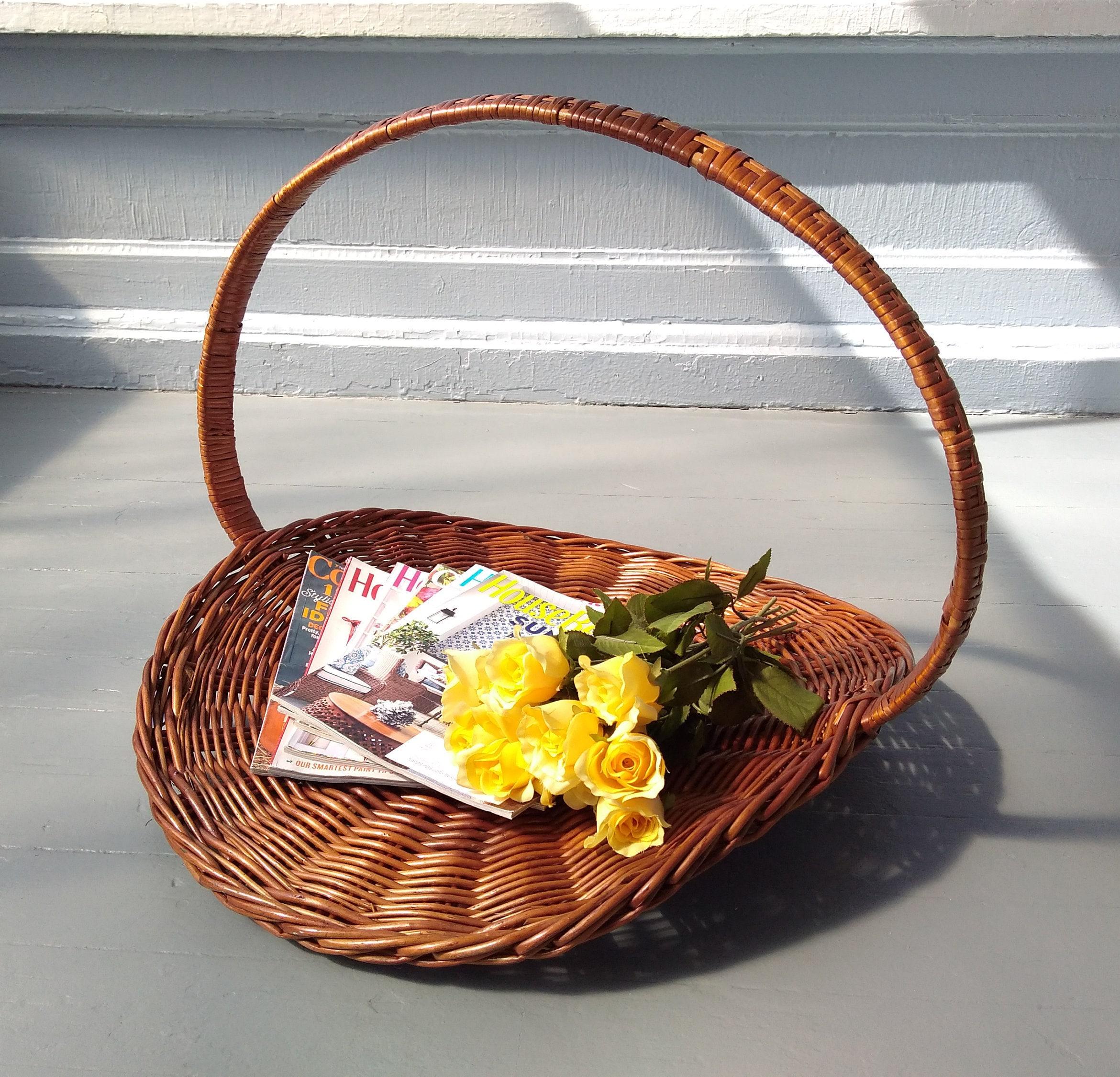 Large Wicker Gathering Basket Display Farmhouse Rustic Wedding Photo