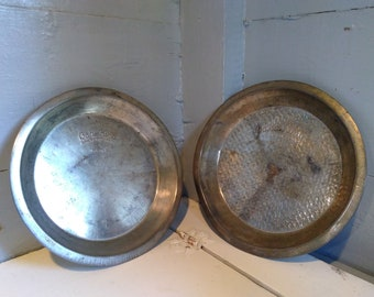 Metal Pie Pans 9 inch Round Cake King Vintage  Textured and Plain Baking Kitchen Decor RhymeswithDaughter