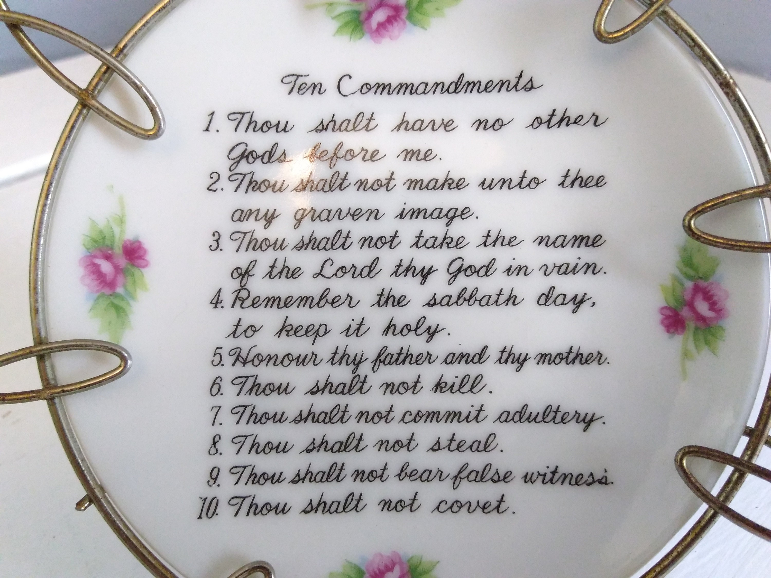 Vintage Ten Commandments Decorative Plate Framed In A Metal Looped