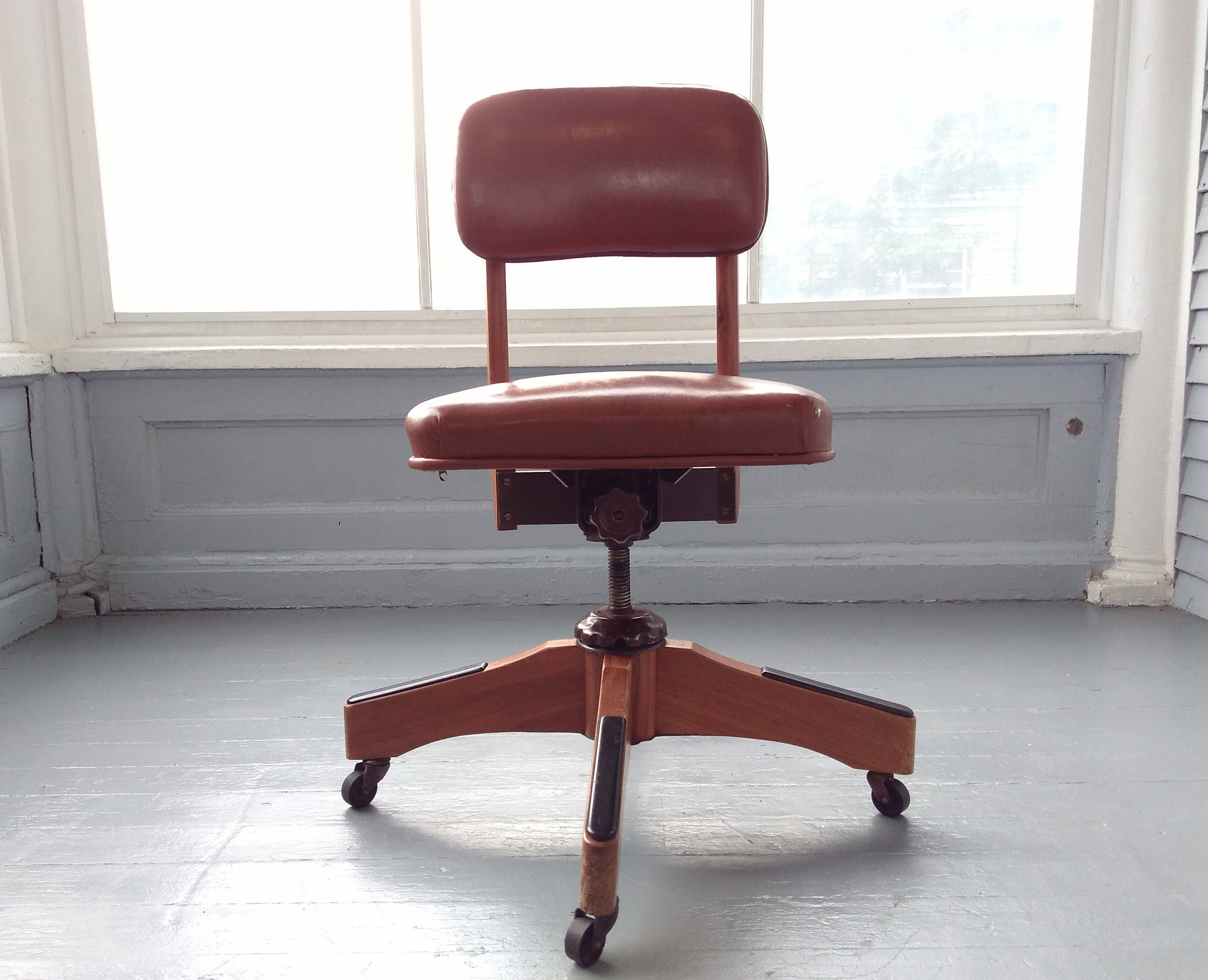 Fine Vintage Midcentury Industrial Office Chair Rolling Desk Chair Spiritservingveterans Wood Chair Design Ideas Spiritservingveteransorg