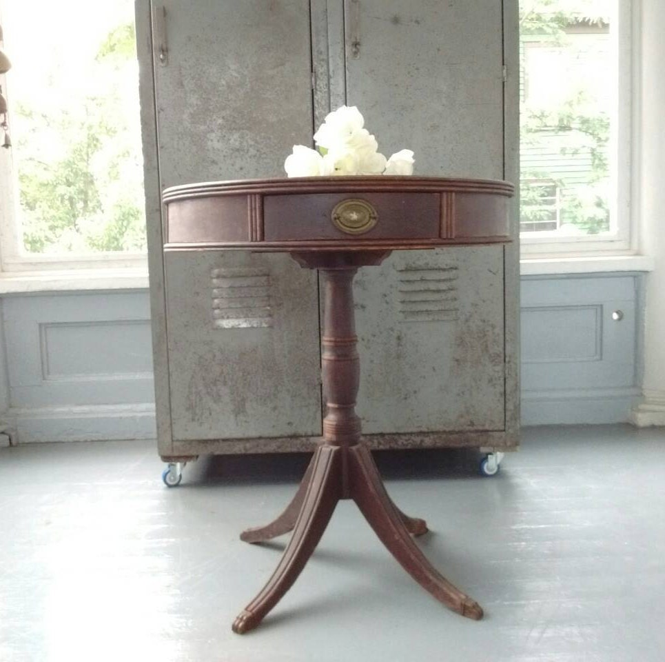 Swell Antique Entrance Table Drum Table Pedestal Table End Theyellowbook Wood Chair Design Ideas Theyellowbookinfo