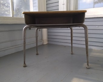 Vintage, School Desk, Kids Desk, Childrens Desk, Kids Furniture, Vintage, Mid Century Modern, Atomic Era, Photo Prop,  RhymeswithDaughter
