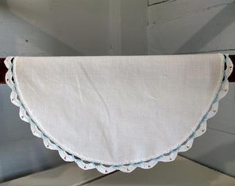 Doily Linen Round Small White Vintage Floral Needle Point Cotton Cotton Lace Linen Farmhouse Country Kitchen Decor RhymeswithDaughter