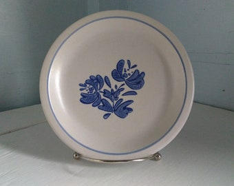 Salad Plate 7 Inch Pflatzgraff Yorktowne Vintage Country Chic Farmhouse Blue Dishes Vintage Dishes Photo Prop RhymeswithDaughter