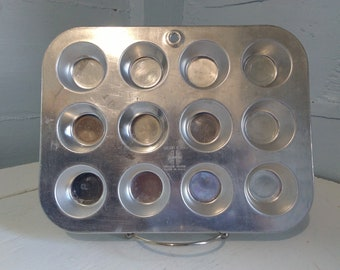 Mini, Muffin, Muffin Pan, 12 Cup, Cupcake Tin, Wear Ever, Aluminum, Baking, Pan, Planter Kitchen, Craftroom, Vintage, RhymeswithDaughter
