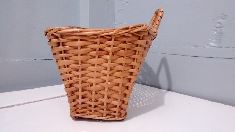 hanging basket, wicker, rectangle, hanging, kitchen decor