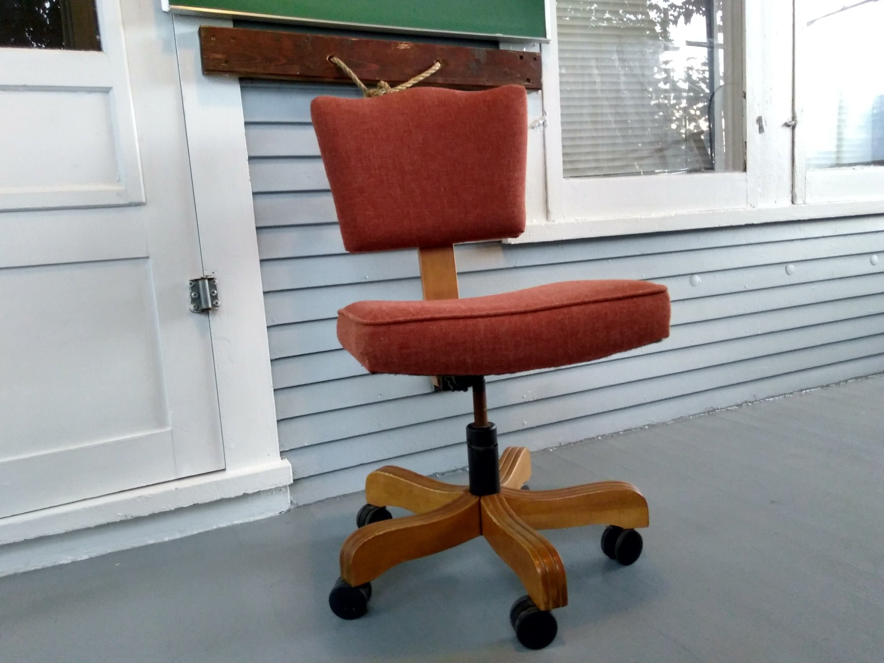 Amazing Vintage Rolling Desk Chair Midcentury Modern Industrial Spiritservingveterans Wood Chair Design Ideas Spiritservingveteransorg