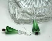 Swarovski Crystal Christmas Tree Earrings, Holiday Earrings, Green Christmas Earrings, Holiday Tree Earrings, Dangle Drop Earrings