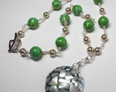 Green Stone Necklace, Mag...