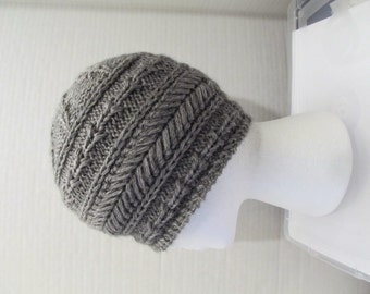 f6b845ba062 Cable cashmere women s beanie hat gray grey charcoal handknit