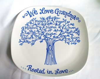 The Original We Love Grandma, Grandmother Family Tree Grandchildren Personalized Custom Name Grandparents Plate