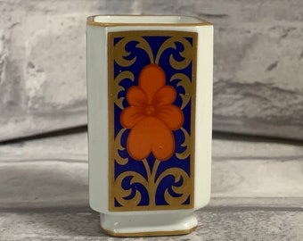 Vintage Fitz and Floyd Ceramic Porcelain Blue Floral Bunny Shaped Box Ring Trinket Marked FF and Sticker FF Japan