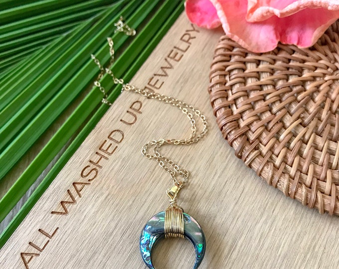 New! // Small Abalone Crescent Necklace