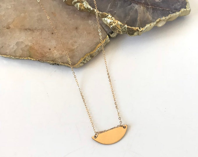 New! // Goldfill Half Circle Necklace