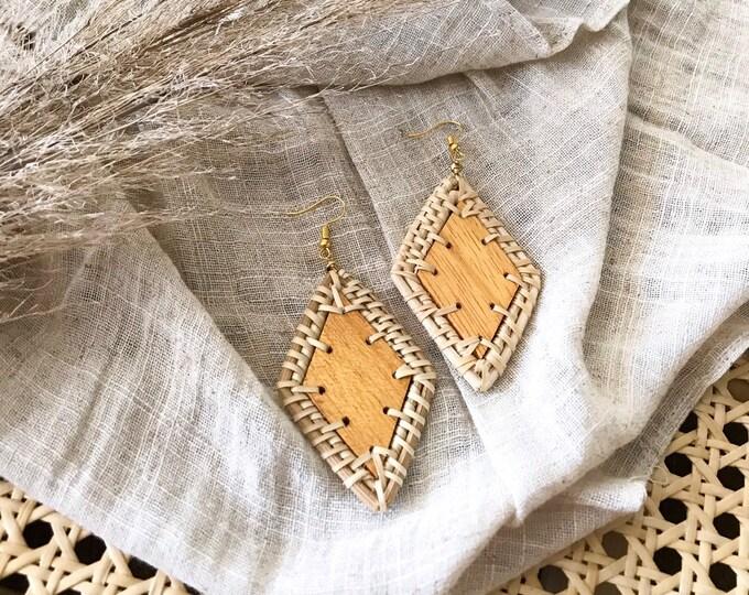 New! // Diamond Woven Wood Earrings