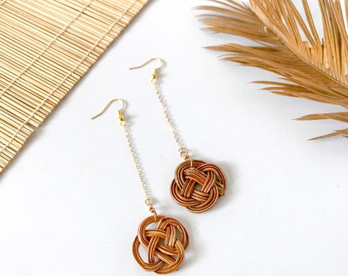 New! // Rattan Woven Dangle Earrings