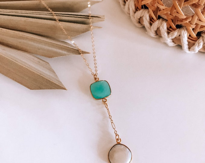 New! // Chalcedony & Pearl Lariat Necklace