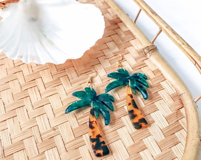 New! // Acrylic Palm Tree Earrings