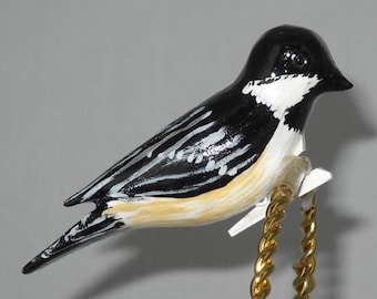 Chickadee Christmas Ornament, Black-capped Chickadee Clip-On Decoration, Hand carved Chickadee Wooden Christmas Ornament, CCO-21