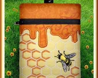 """Honeycomb Zippered Bag!   6x8.5"""" Pes Dst Exp Hus Jef Vip Xxx Formats ITH In The Hoop Zippered Bag Machine Embroidery File"""