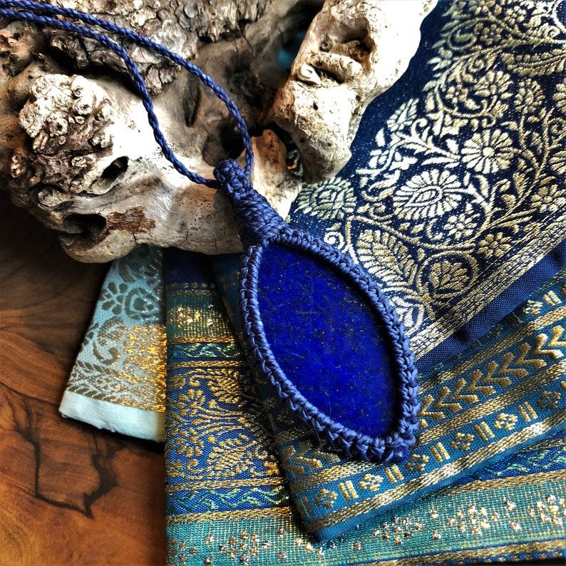 blue macrame blue gemstone lapiz lazuli pendant Lapiz Lazuli healing gemstone yoga gift Macrame necklace macrame lapiz brass beads