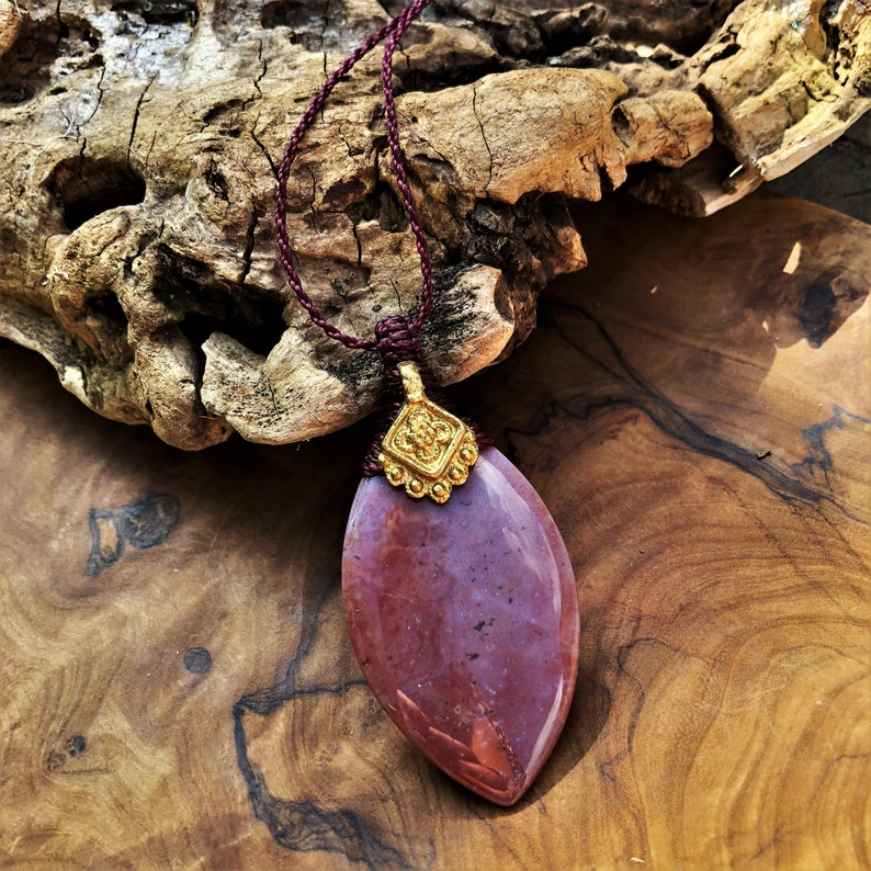 macrame healing crystal Jasper necklace macrame bras gemstone round pendant red jasper anneroza natural brass beads yoga gift