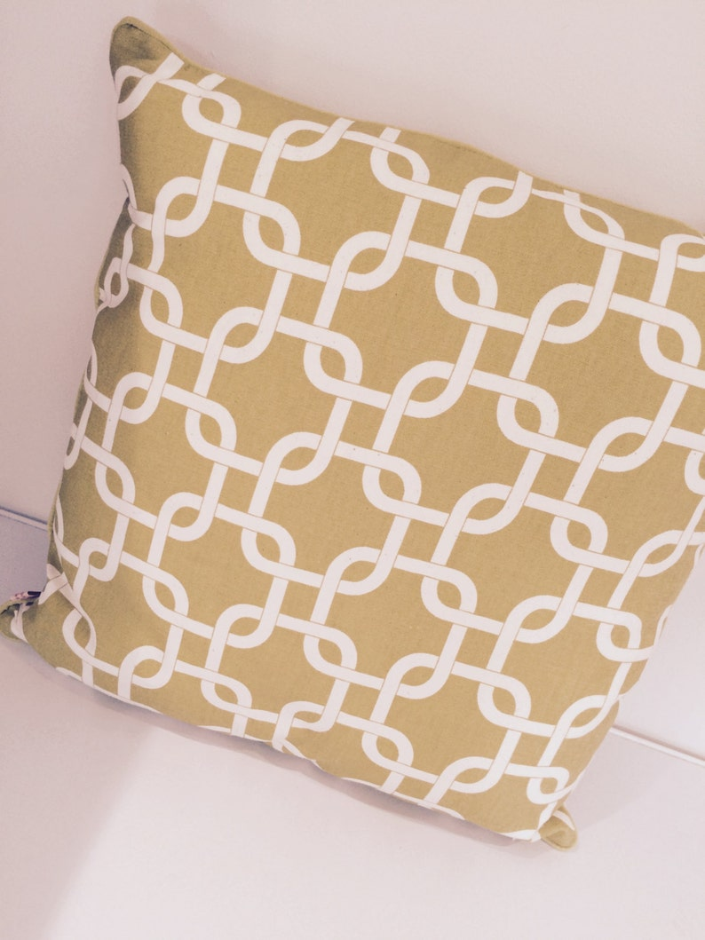 Chartreuse and white large chain link design square cushion image 0