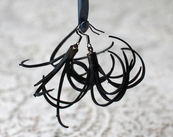 Inner tube earrings, upcycled, recycled earring, handmade, random, pendant earrings, black, vegan, rubber earrings, eco.