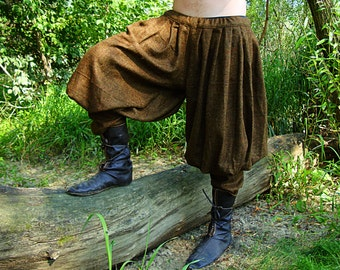 Early Medieval Viking Pasbyxor woollen baggy pants/trousers based on Historical Pattern for Viking Reenactors and Viking Man Costume