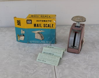 Vintage Chadwick 1960s Small Postal Mail Scale with Box and Instructions