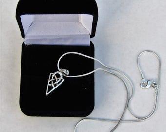 The Celtic Arrow Pendant