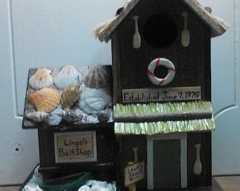 Lingo's Custom Beach Themed Birdhouse