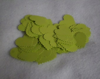 Scalloped edged cardstock hearts, light green, 50 pieces