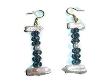 Biwa pearl and dark blue rainbow earrings