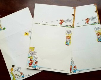Vintage Family Circus stationery notes by Bil Keane. 30 pages, perforated to create 90 memo notes. Comics stationery. Cartoon collectibles.