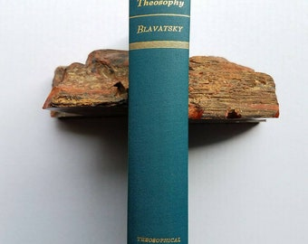 """1946 """"The Key to Theosophy,"""" 2nd  edition. H.P Blavatsky. Madame Blavatsky. Philosophy. New Age. Occultism."""