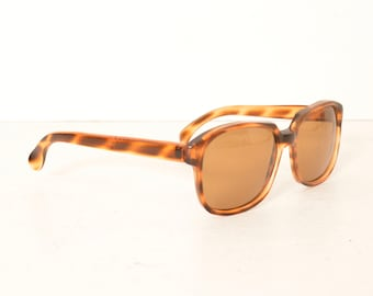 8f8ff364d8f True Vintage Tortoise Shell Brown Square Sunglasses Italy 80s 90s Preppy  Style  FREE SHIPPING U.S.A.
