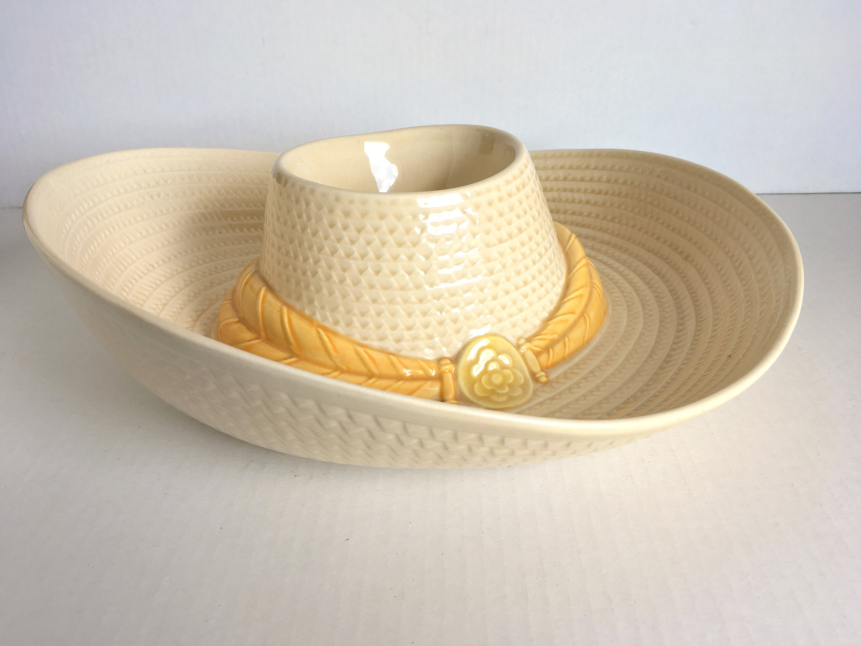 Sombrero Chip And Dip Bowl Vintage Hat Chip And Dip Ceramic Etsy